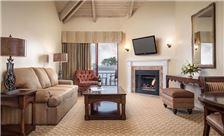 Victorian Inn Suite
