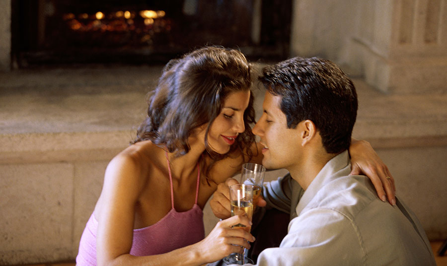 Make a Date for Romance at the Inns of Monterey